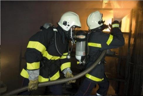 Sử dụng SCBA cho lính cứu hỏa